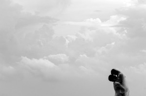silhouette-couple black and white