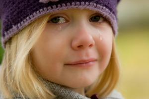 crying-572342_1920 (2)