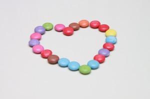 heart smarties-87997_1280 (2)