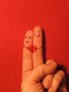 love fingers -382533_1280 (2)