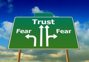 fear-441402_1280 (2)